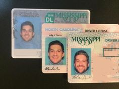 """I've been wearing the same """"DMV background blue"""" turtleneck for driver's license photos since - SmelliFish - Daily Funny Pics, Funny Jokes, Viral Videos License Photo, Driver's License, Uber Humor, Funny Sites, Daily Funny, Mississippi, Turtleneck, North Carolina, Funny Pictures"""