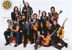 Munky (Korn), Daron Malakian (System of a Down), Dean DeLeo (Stone Temple Pilots), Zakk Wylde (Ozzy), Tom Morello (Rage Against the Machine), Jimmy Page (Led Zeppelin), Slash (Guns n' Roses), Joe Perry (Aerosmith) e JOHN FRUSCIANTE  (Red Hot Chili Peppers).