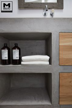 Amazing Rustic Bathroom Decor Will Make Your Home Awesome - Boxer JAM Rustic Bathroom Decor, Bathroom Interior, Modern Bathroom, Bathroom Remodeling, Beton Design, Concrete Bathroom, Tadelakt, Small Bathroom Storage, Upstairs Bathrooms