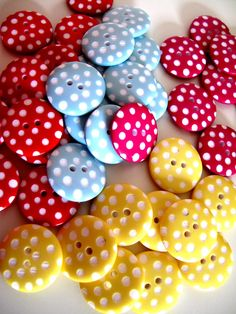 Polka Dot Buttons Fat