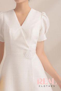 Đầm Kyo Linen Dresses, Cute Dresses, Girls Dresses, Flower Girl Dresses, Dresses For Work, Modest Fashion, Fashion Dresses, Vestidos Vintage, Girls Party Dress