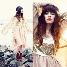 Red Beaded Headband, Vintage Beaded Kimono, Sheinside Sequin Dress, Samantha Pleet Boots