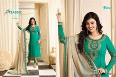 Dupatta :-georgette with chainstich work. Chiffon Saree, Chiffon Dress, Pakistani Party Wear Dresses, Heavy Dupatta, Kasavu Saree, Preety Girls, Party Kleidung, Indian Bollywood, Designer Gowns