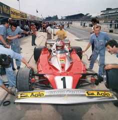 Niki Lauda - Ferrari 312T2 - 1976