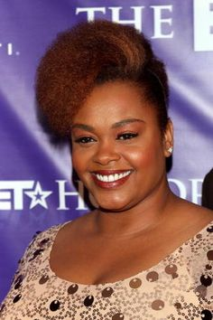Pictures of natural hairstyles on celebrities like Ledisi, Kim Coles, Solange Knowles, Jill Scott and more! Ethnic Hairstyles, Goddess Hairstyles, African American Hairstyles, Celebrity Hairstyles, Cool Hairstyles, Hairstyles Pictures, Braided Hairstyles, Jill Scott, Curly Hair Styles