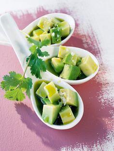 Zsírégető, bőrszépítő saláta avokádóval | femina.hu