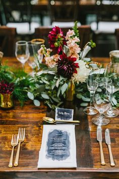 Rustic, whimsical wedding flowers and table setting at the Harvard Art Museum in Cambridge, Massachusetts. This floral design was created by the wonderful people at Artistic Blossoms in Boston (@artisticblossoms). Photo by Emily Tebbetts Photography. For more fall vintage inspiration from this wedding, visit http://emily-tebbetts.com/blog/2018/3/5/marybeth-ethan-harvard-art-museums-cambridge-ma