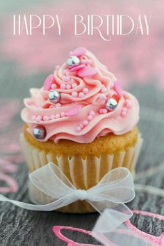 Nice Birthday cupcake for a friend to make.