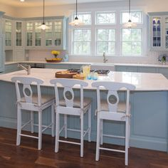 White Kitchens Are Trending Right Now So Open And Bright