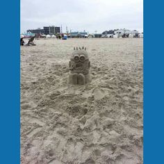 Minions are so popular at the seaside! *!*