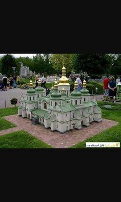 تمثال القلعة روعة