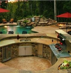This amazing backyard by antiquehomedesign.com