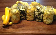 alice brans posted Canning summer squash & zucchini to their -recipes, entrees, food ideas- postboard via the Juxtapost bookmarklet. Canning Tips, Home Canning, Canning Recipes, Canning Food Preservation, Preserving Food, Canning Vegetables, Canned Food Storage, Pressure Canning, Dehydrated Food