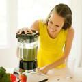Top 5 Anti-Aging Habits: Action Plan for a Longer Life: Have a Green Smoothie Every Day