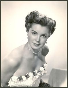 Esther WILLIAMS .  She was a great swimmer, and swam in almost all of her movies.