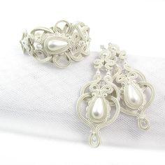 #Bridal #weddinget #bracellet #earrings #soutache #pearls  www.pillowdesign.pl