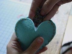 #diy #heart #sachets #herbs #lavender #felt #crafts #sewing