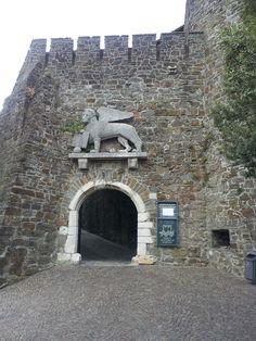 porta del castello di Gorizia