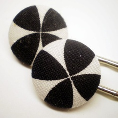 Black and White Fabric Button Bobby Pins | TheHobbyRoom - Accessories on ArtFire
