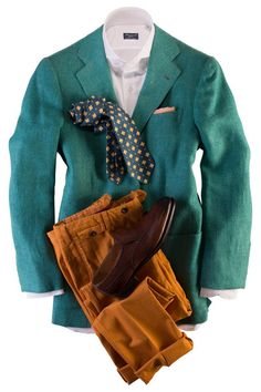 36 hours of handwork is the average time it takes the skilled Kiton tailors to bring this blazer from its infancy to completion. The Lasa model, which I believe Sharp Dressed Man, Well Dressed Men, Clothes For Big Men, Men Clothes, Suit Fashion, Mens Fashion, Country Attire, Elegant Man, Outfit Grid