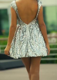dying for an all sequins dress like this.. pref more coverage!