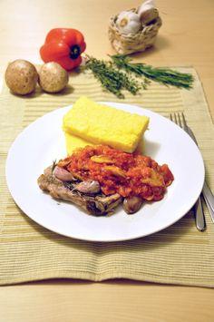 Pieczone kotlety schabowe z pikantnym sosem
