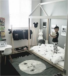 2018 Best Toddler Boy Bedroom Themes For Your Inspiration - Home - Kinderzimmer Boy Toddler Bedroom, Toddler Rooms, Baby Bedroom, Baby Boy Rooms, Kids Bedroom, Bedroom Decor, Kids Rooms, Bedroom Ideas, Master Bedrooms