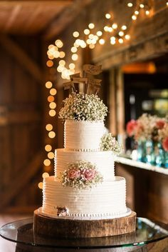 Rustic Wedding Cake #weddingdecoration