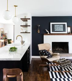 Do you need inspiration to make some Mid Century Kitchen Remodel Ideas in Your Home? There are a few reasons to think about upgrading the look of your Mid Century kitchen. Black Accent Walls, White Brick Walls, Black Walls, Wood Walls, White Shiplap, Living Room Designs, Living Room Decor, Living Room Accent Wall, Accent Wall In Kitchen