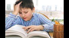 Leseschwäche-Diagnostiziert wird eine Lese-Rechtschreibstörung anhand von psychometrischen Leistungstests, die Lesegeschwindigkeit, Lesefehler, Leseverständnis sowie Schwächen in der Rechtschreibung messen. Außerdem fließen u.a. noch die Familien- und Schulsituation sowie die Auswirkungen der schlechteren Leistung auf die psychische und soziale Entwicklung des Kindes mit in die Bewertung ein.