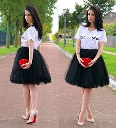 Get this look: http://lb.nu/look/6731958  More looks by Anna  Maria: http://lb.nu/lookdujour  Items in this look:  Topshop Oui Ou Non T Shirt, Heart Clutch, Tulle Midi Skirt, Nude Stilettos, Punk Bracelet   #artistic #chic #romantic #heartclutch #heart #topshop #oui #non #tshirt
