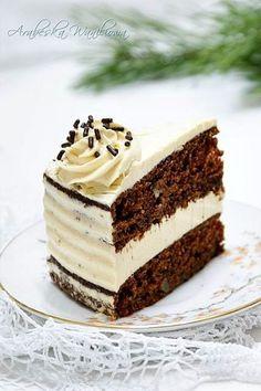 Czekoladowy tort z kremem z mascarpone
