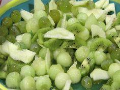 Ensalada de frutas verdes