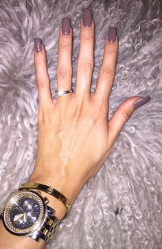 """Jaclyn Hill wearing """"I Sao Paulo Over There"""" by OPI"""