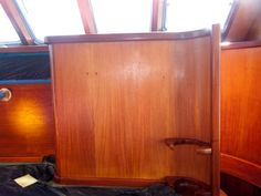 Afbeeldingsresultaat voor mahogany boat interior