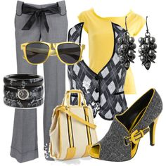 Like everything but the bag and the sunglasses and if honest the bow on the pants...