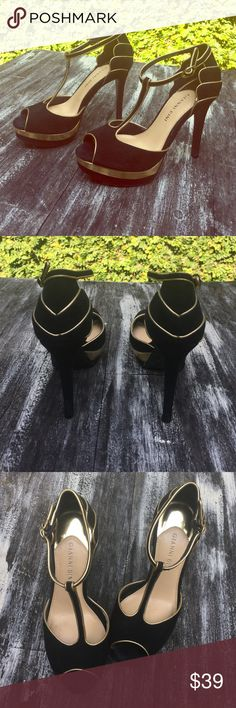"""GIANNI BINI black/gold Tstraps😍😍 Only worn a few times! Clean like new! Black suede and gold. 1"""" platform 3""""heel gives you height but still comfortable! Gianni Bini Shoes Heels"""