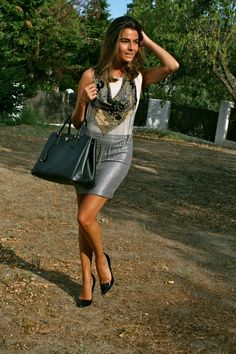 OhMyLooks by Silvia García Blanco.  Many Kisses and Thanks to All of You!!!!! / Muchos Besos y Gracias a Tod@s!!!!!   http://www.ohmylooks.com/?p=2586    I was wearing : Skirt : H ; T-Shirt : Zara ; Necklace : Zara ; Sandals : Pilar Burgos Shoes : Nine West ;  Bag 1 : Primark ; Bag 2 : Prada ;  Sunglasses : Mango ; Bracelet : Mango