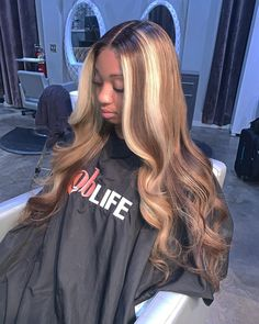 Shop our Brazilian wavy hair which lifts to a high blonde. For this look we suggest body wave bundles! Don't forget your HD Lace! Baddie Hairstyles, Weave Hairstyles, 1950s Hairstyles, Casual Hairstyles, Wedding Hairstyles, Ombré Hair, Her Hair, Curly Hair Styles, Natural Hair Styles