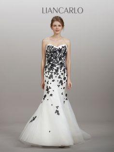 Black and White wedding dress! Love it!