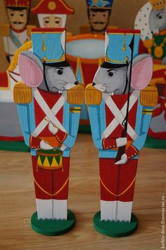 Купить Мышиный король и его стража - Декоративные куклы - щелкунчик, король, крыс, мышь, сказка Outdoor Christmas, Winter Christmas, Christmas Time, Nutcracker Ornaments, Nutcracker Christmas, Toy Workshop, Nutcracker Soldier, Christmas Decorations, Christmas Ornaments