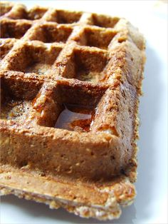 Niedzielne śniadanie – gofry owsiane Köstliche Desserts, Healthy Desserts, Delicious Desserts, Healthy Dishes, Helathy Food, Crepes And Waffles, Food Porn, Sweet Recipes, Cake Recipes