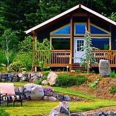 Beautiful Cabin Home | 22 Beautiful Wood Cabins and Small House Designs for DIY Projects