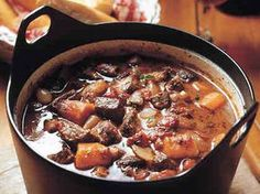 Maistuva lihasuikalepata Healthy Gourmet, Healthy Recipes, Easy Cooking, Cooking Recipes, Finnish Recipes, Pork Recipes, Pot Roast, Food And Drink, Yummy Food