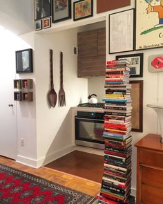 """Irwin's """"Timeless"""" & Art-Filled Studio — House Call 