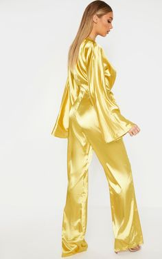 The Tall Chartreuse Ruched Waist Satin Jumpsuit . Head online and shop this season's range of tall at PrettyLittleThing. Petite Jumpsuit, Satin Jumpsuit, Satin Fabric, Silk Satin, Satin Nightie, Retro Lingerie, Satin Pajamas, Long Jumpsuits, Satin Material