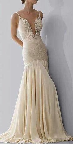 Detalhe belissimo na frente do vestido...