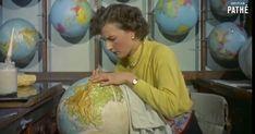 En lo más fffres.co: ¿Cómo se hacían los globos terráqueos?: En la década de 1950 los globos terráqueos se fabricaban completamente a mano…