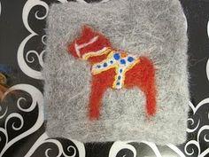 The Pickled Herring: Dala Horse Craftalong!