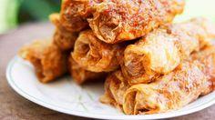 Fried pork rolls in bean curd skin (lor bak) recipe : SBS Food Indian Food Recipes, Asian Recipes, Ethnic Recipes, Asian Foods, Chinese Recipes, Bean Curd Skin, Pork Roll, Sbs Food, Curd Recipe